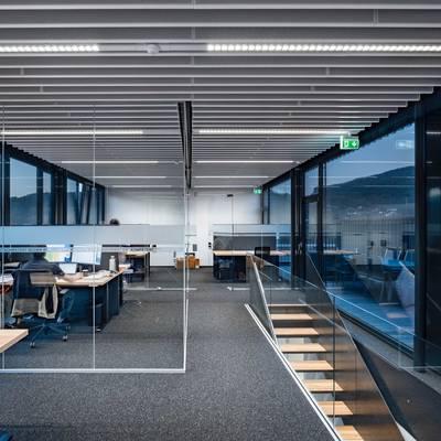 Lichtsanierung im Büro