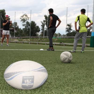 "Rugby Open Borders: ""Runter auf den Boden, zehn Liegestütze"""