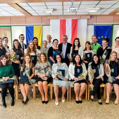 Diplomfeier an der GuKPS Neunkirchen
