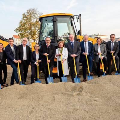 LK Hollabrunn: Spatenstich für Bauarbeiten