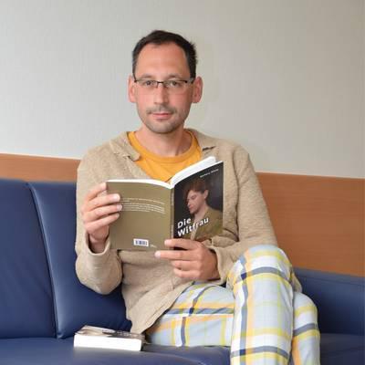 Hirsch veröffentlicht Erzählung