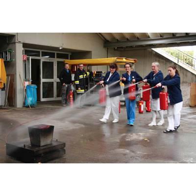Brandalarm - Feuerlöschtraining
